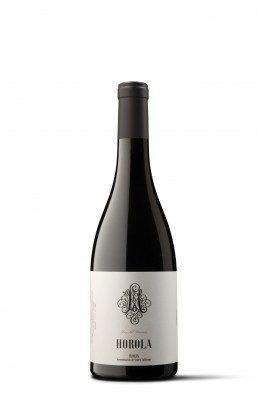 Fotografía de botella de vino de Bodegas Horola en Baños de rio tobia. Vino de autor