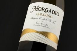 Fotografía detalle etiqueta Morgadio Albariño Rias Baixas