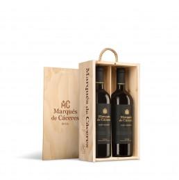 Fotografía de estuches de vino de madera de Marques de Cáceres