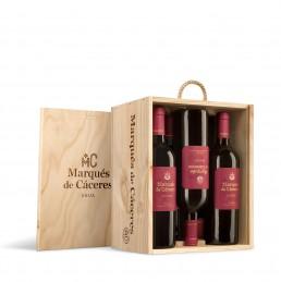 Fotografía de estuches de vino de madera de Marques de Cáceres Crianza