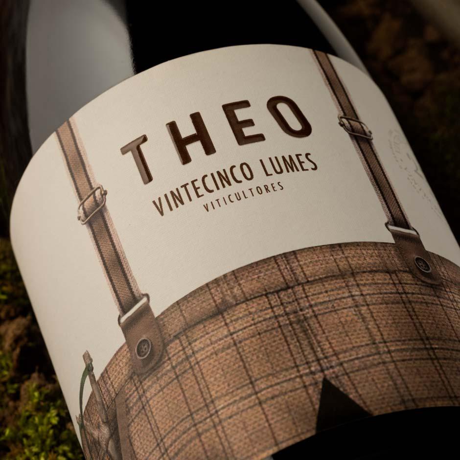 Theo, vino de 25 Lumes viticultores